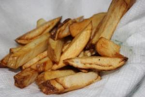 Then placed them in the deep fat fryer for a few minutes and removed when golden brown. I was quite excited when Sam said he wanted to eat these French fries not the store bought.