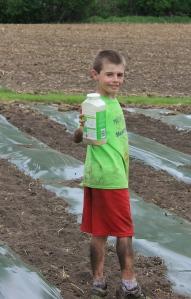 5-25-14 Keith fertilizing vines